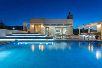 Eden Luxury Villa